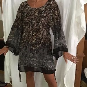 LA Class Leopard sheer lined dress/shirt medium